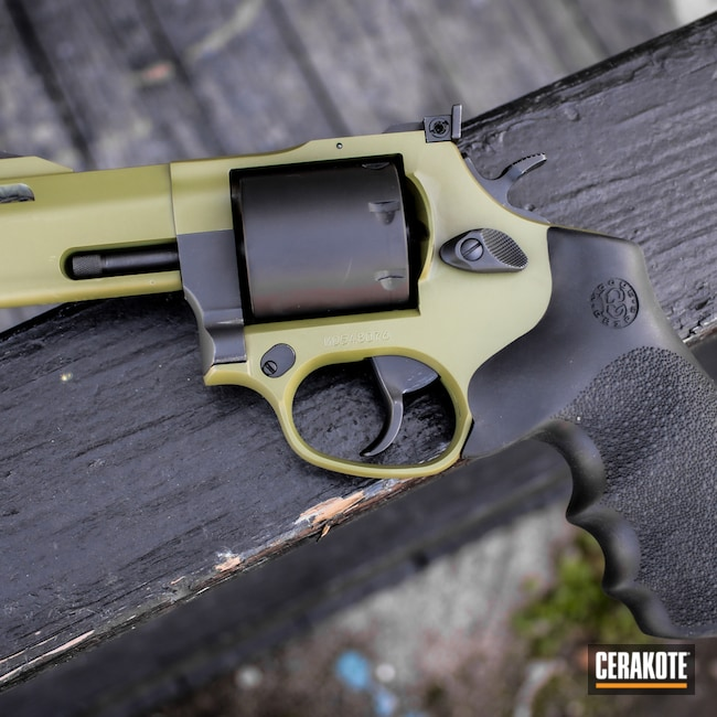 Cerakoted: S.H.O.T,Two Tone,Revolver,Wheelgun,Pistol,Taurus,Noveske Bazooka Green H-189,Handgun