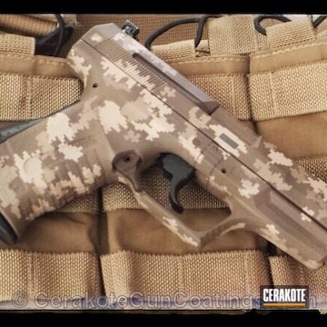 Cerakoted H-160 Colt Coyote With H-199 Desert Sand And H-265 Flat Dark Earth