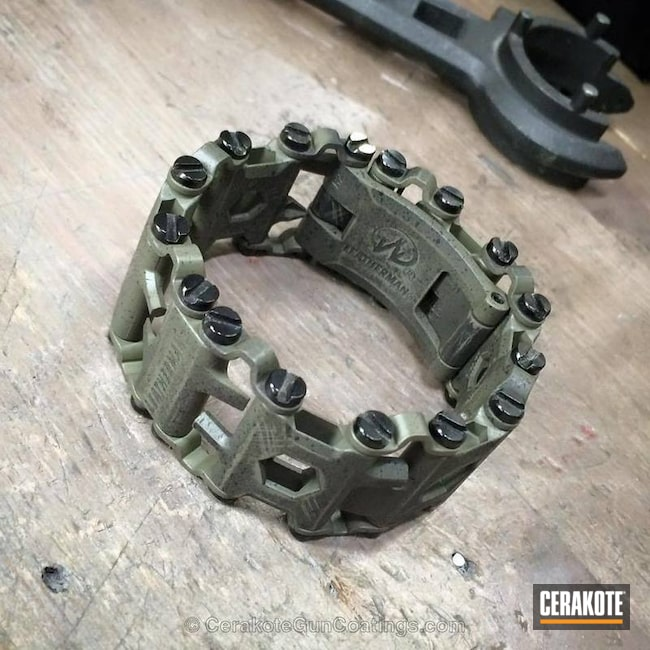 Cerakoted: Leatherman Tread,Graphite Black H-146,Leatherman,MAGPUL® FOLIAGE GREEN H-231