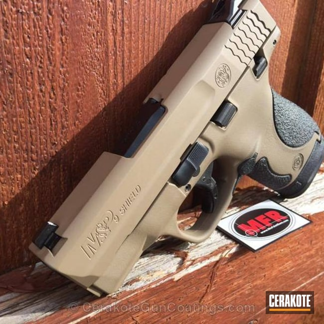 Cerakoted: Frame Hardware Contrasting,Desert Sand H-199,Two Tone,Smith & Wesson,Pistol,M&P Shield