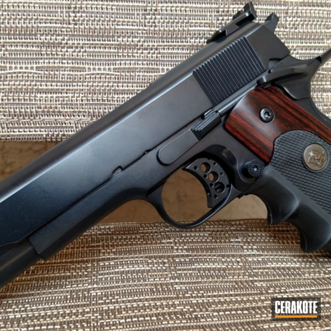 Cerakoted: Midnight Blue H-238,Solid Tone,Pistol