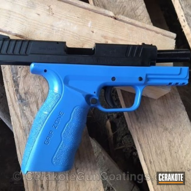Mobile-friendly version of the 5th project picture. Springfield, Two Tone, Pistol, Springfield XD, Armor Black H-190Q, Sea Blue H-172Q, Mod.2, Gripzone