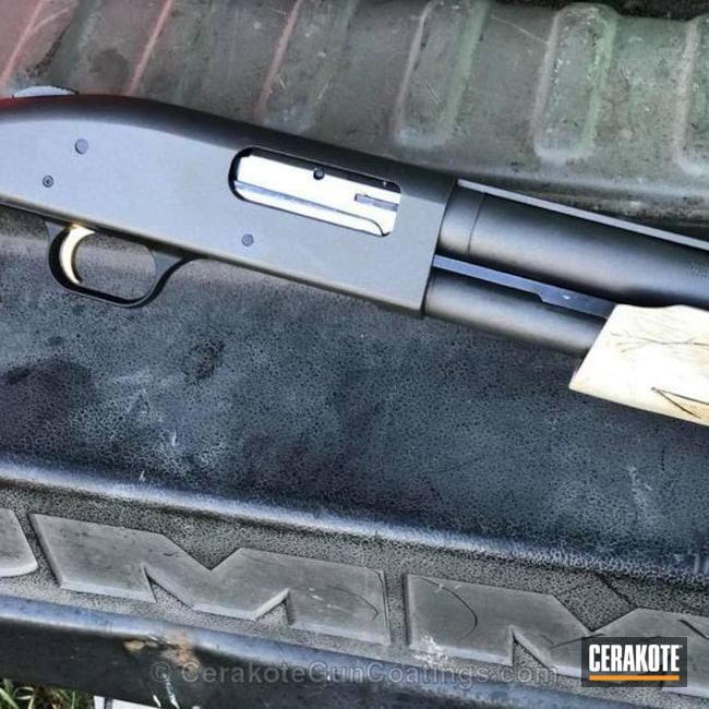 Cerakoted Mossberg 500 Shotgun