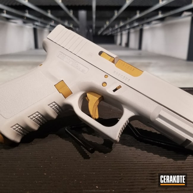 Big version of the 1st project picture. Glock, Two Tone, Glock 19, Pistol, Bright White H-140Q, Gold H-122Q