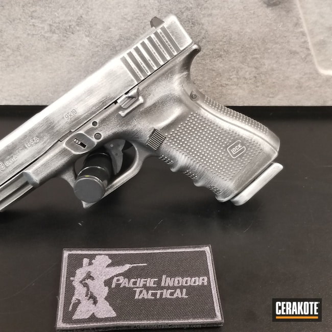 Mobile-friendly version of the 5th project picture. Graphite Black H-146Q, Glock, Glock 19, Pistol, Satin Aluminum H-151Q