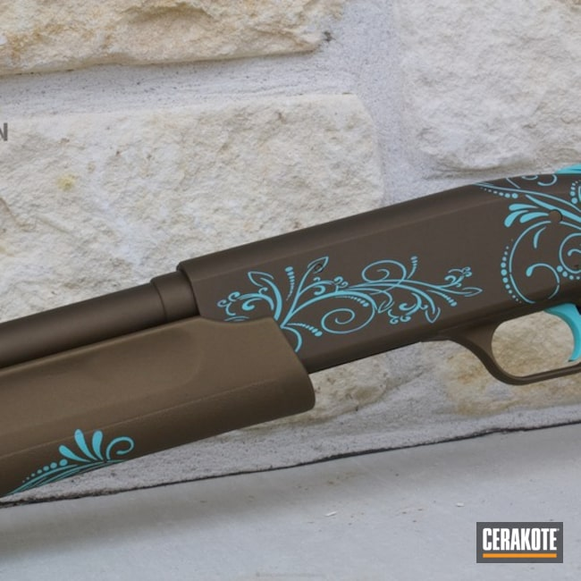 Mossberg 500 in Cerakote Scroll Pattern