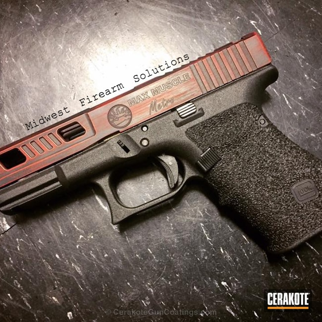 Cerakoted: FIREHOUSE RED H-216,Graphite Black H-146,Distressed,Stippled,Pistol,Glock