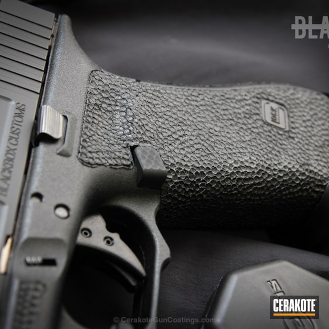 Cerakoted: Gen II Graphite Black HIR-146,Stippled,Pistol,Glock