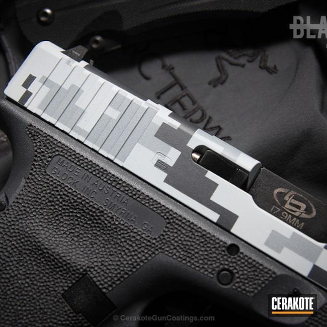 Cerakoted: Snow White H-136,Digital Camo,Stippled,Pistol,BATTLESHIP GREY H-213,Glock,Glock 17,SIG™ DARK GREY H-210