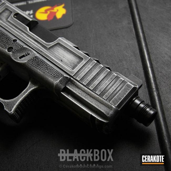 Cerakoted: Glock 19,Distressed,Stormtrooper White H-297,Stippled,Armor Black H-190,Pistol,Glock
