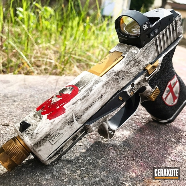 Cerakoted: Glock 19,FIREHOUSE RED H-216,Snow White H-136,Distressed,Armor Black H-190,Pistol,Glock