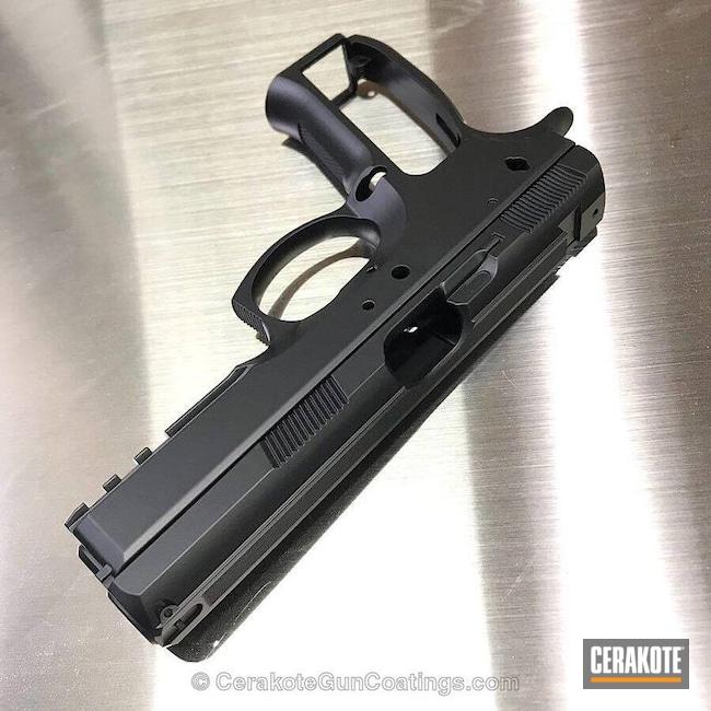 Cerakoted: Graphite Black H-146,Solid Tone,Pistol
