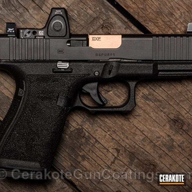 Cerakoted: Stippled,Armor Black H-190,Pistol,Glock