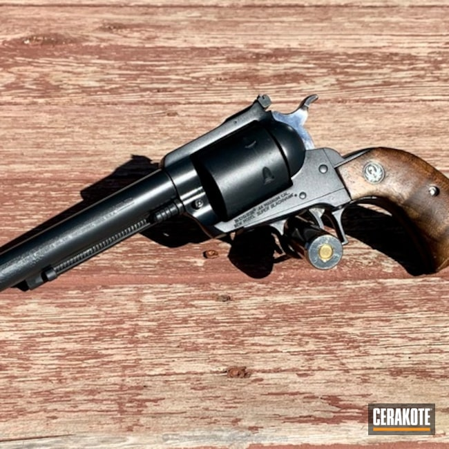 Big version of the 3rd project picture. Revolver, 44 Magnum, Midnight E-110Q, Cerakote Elite Series, Ruger Blackhawk