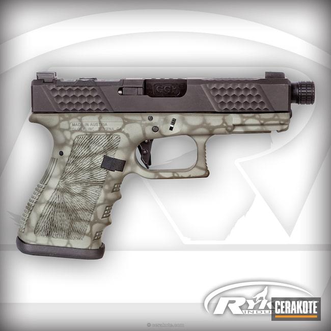 Cerakoted: Glock 19,Sniper Green H-229,DESERT VERDE H-256,Grey Ghost Precision,Pistol,Glock,Gator Plate