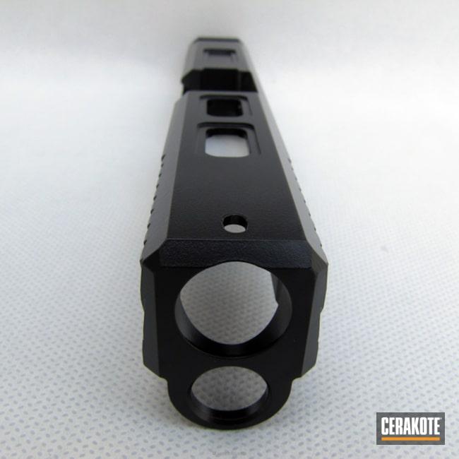 Cerakoted: Graphite Black H-146,Glock,Machined Slide,Custom Glock Slide,Glock 22,Cerakoteado,Slide