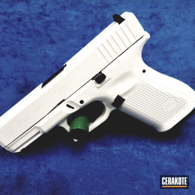 Cerakoted: Glock 19,Stormtrooper White H-297,Glock