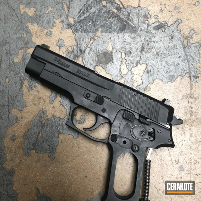 Sig Sauer P220 in Graphite Black