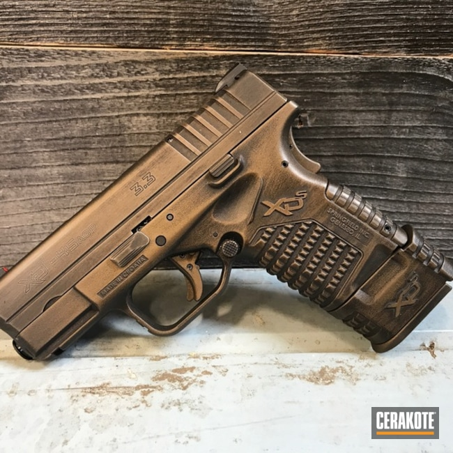 Distressed Springfield XD Handgun in H-148 and H-146