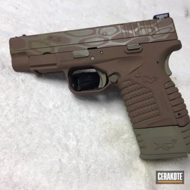 Smaller version of the 1st project picture. Springfield, Kryptek, Pistol, Springfield XD-40, Copper Brown H-149Q, Coyote Tan H-235Q, 40cal