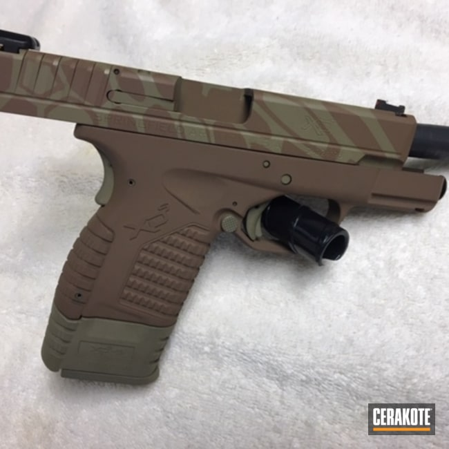 Smaller version of the 2nd project picture. Springfield, Kryptek, Pistol, Springfield XD-40, Copper Brown H-149Q, Coyote Tan H-235Q, 40cal