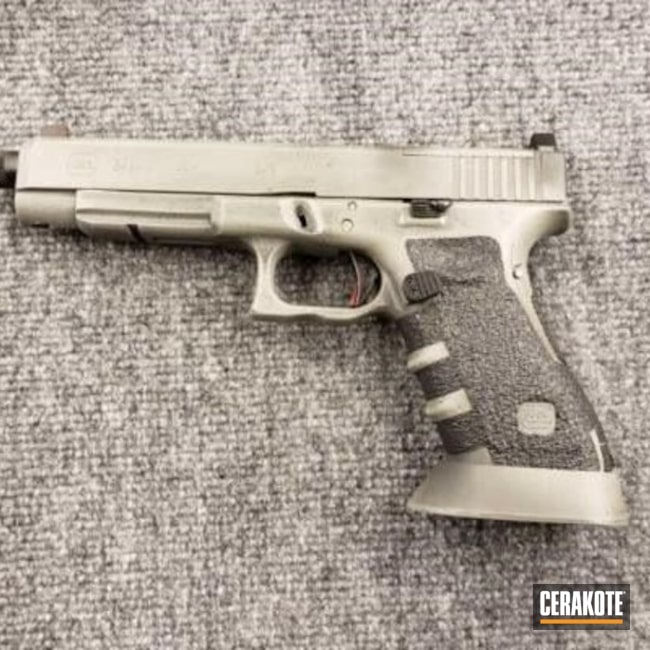 Cerakoted: 9mm,Glock 34,Graphite Black H-146,Distressed,Pistol,Glock,MAGPUL® FOLIAGE GREEN H-231