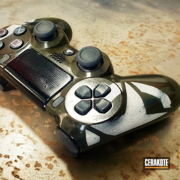 Cerakoted Customized Ps4 Video Game Controller