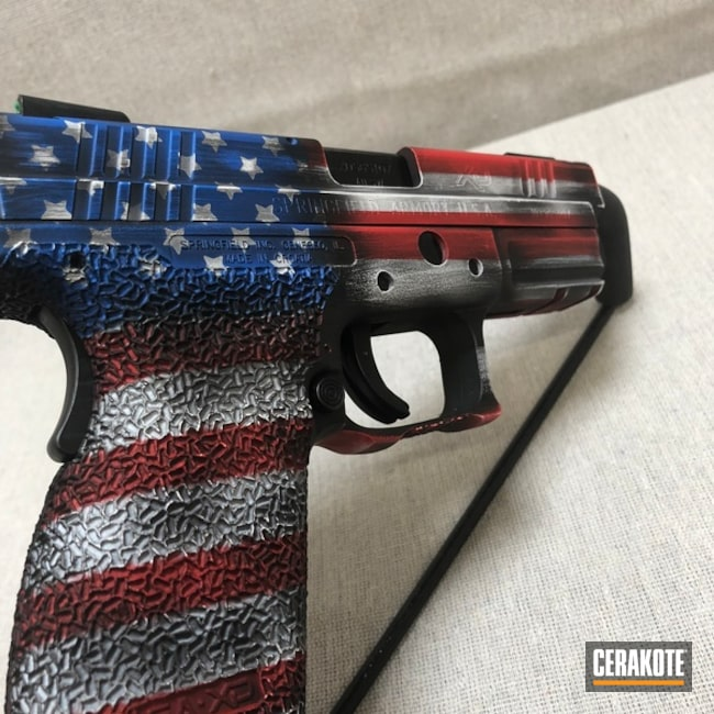 Mobile-friendly version of the 5th project picture. Graphite Black H-146Q, Springfield, Distressed, American Flag, Pistol, Springfield XD, Ridgeway Blue H-220Q, USMC Red H-167Q, Bright White H-140Q, Texas Flag, Distressed American Flag, Gun Coatings, Arkansas Flag, 3 flags 1 pistol