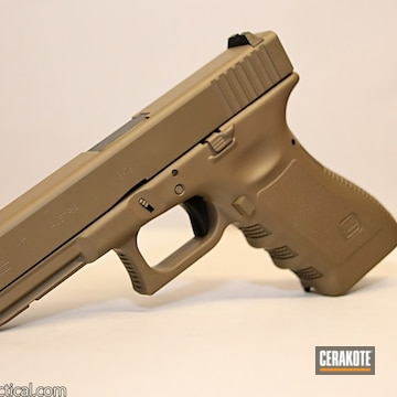 Cerakoted Glock 17 Cerakoted With Hir-265 Gen Ii Flat Dark Earth