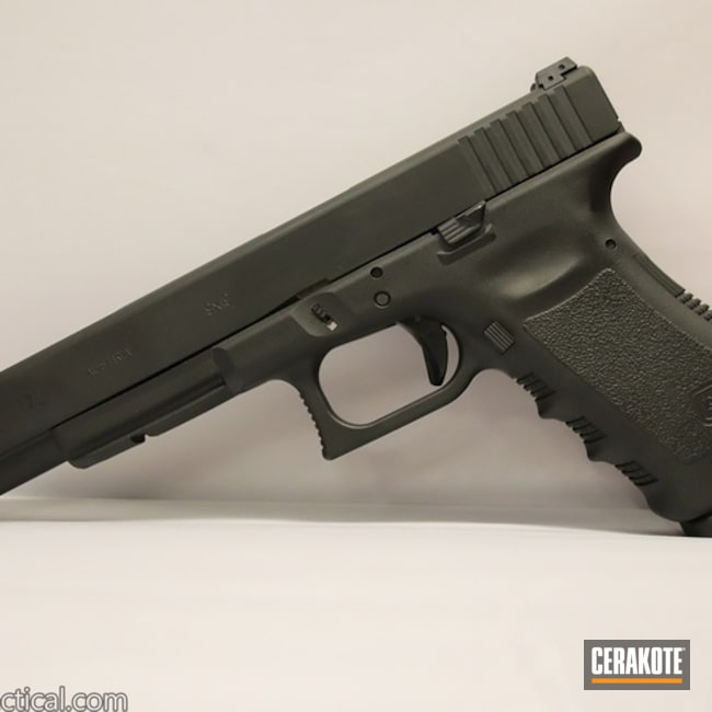 Cerakoted Glock 17l Cerakoted In Hir-146 Gen Ii Graphite Black