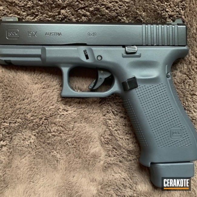 Cerakoted: S.H.O.T,BLACKOUT E-100,Glock Grey H-184,GLOCK® GREY H-184,Pistol,Glock,Gun Coatings,Glock 19X
