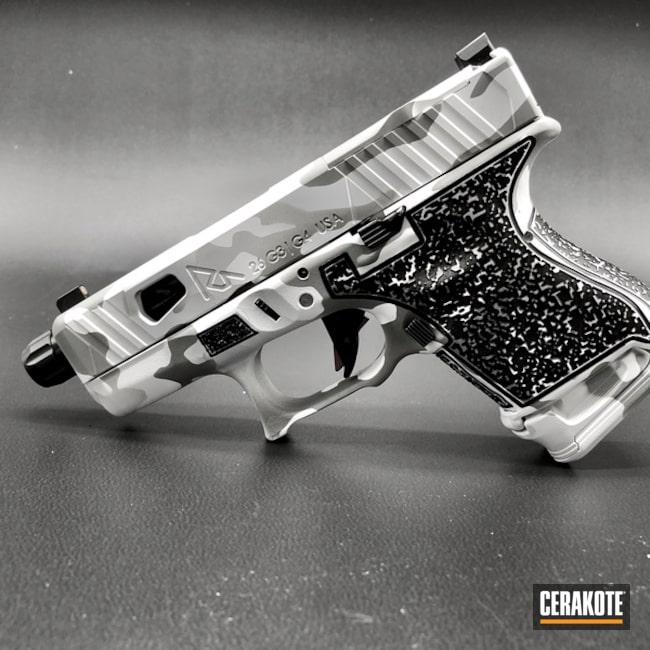 Cerakoted: Laser Stippled,Pistol,Laser Engrave,Snow Camo,Bright White H-140,Hidden White H-242,SHOT,MultiCam,Arctic Camo,BATTLESHIP GREY H-213,Glock,Gun Coatings,Glock 26