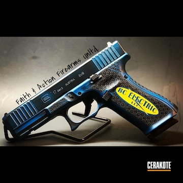 Cerakoted Glock 17 With Custom Company Logo And Laser Stipple