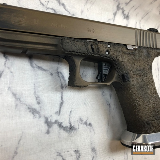 Cerakoted: SHOT,Burnt Bronze H-148,Patriot Brown H-226,Pistol,Glock,Hand Stippled,Glock 17,Custom Built,Gun Coatings,Flat Dark Earth H-265