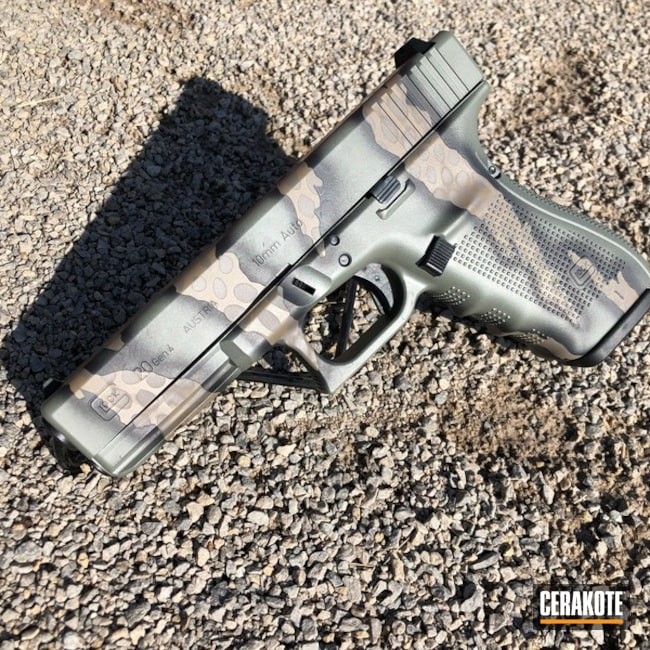 Cerakoted: S.H.O.T,Jungle E-140,MAGPUL® FLAT DARK EARTH H-267,Riptile Camo,Federal Brown H-212,Magpul FDE,Pistol,Jungle E-140G,Glock,Gun Coatings,Glock 20