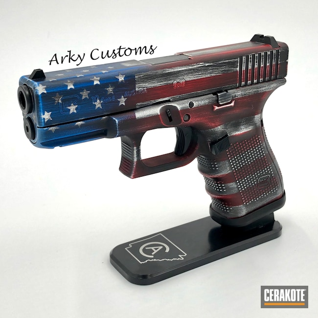 Cerakoted: SHOT,Glock 19,NRA Blue H-171,Battleworn,Battleworn Flag,Graphite Black H-146,Distressed American Flag,USMC Red H-167,Glock,American Flag