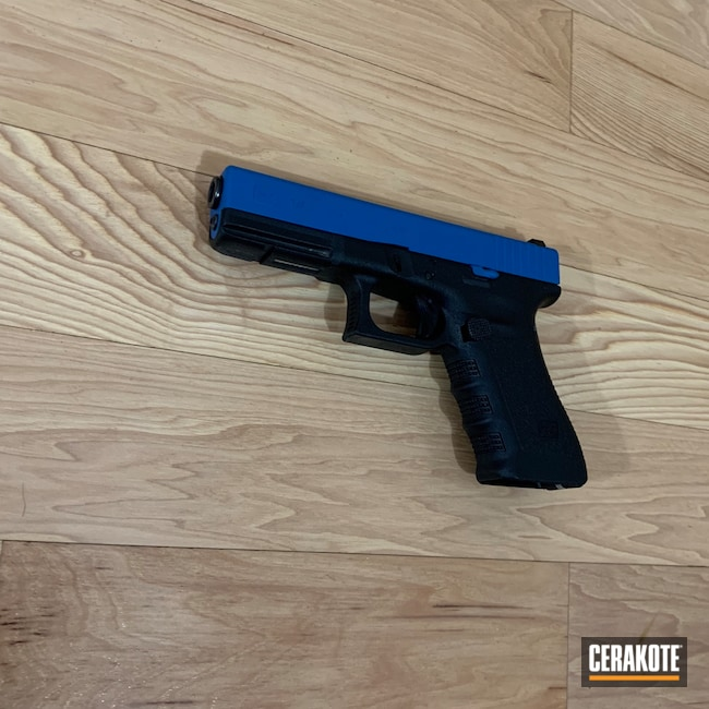 Cerakoted: SHOT,9mm,Ridgeway Blue H-220,Armor Black H-190,Pistol,Glock,Glock 17C