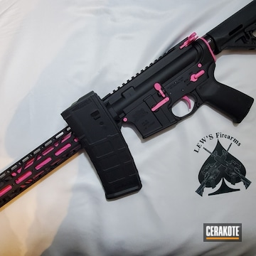 Cerakoted Two Toned Ar-15 In H-146 And H-141