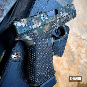 Cerakoted Glock 23 Digital Camo In H-268, H-200, H-146 And H-203