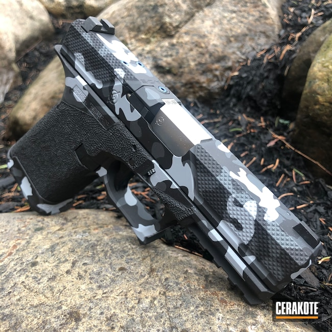 Cerakoted: Sniper Grey H-234,MultiCam,Graphite Black H-146,BATTLESHIP GREY H-213,Pistol,Glock