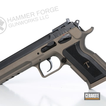 Cerakoted Eaa Witness Handgun In H-148 And E-160