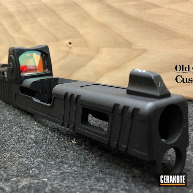 Cerakoted: S.H.O.T,Glock 19,RMR Cut,Armor Black H-190,Custom Slide,Slide Milling