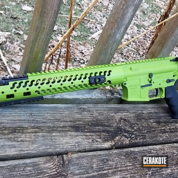 Cerakoted Two Toned 5.56 Ar-15 In H-168