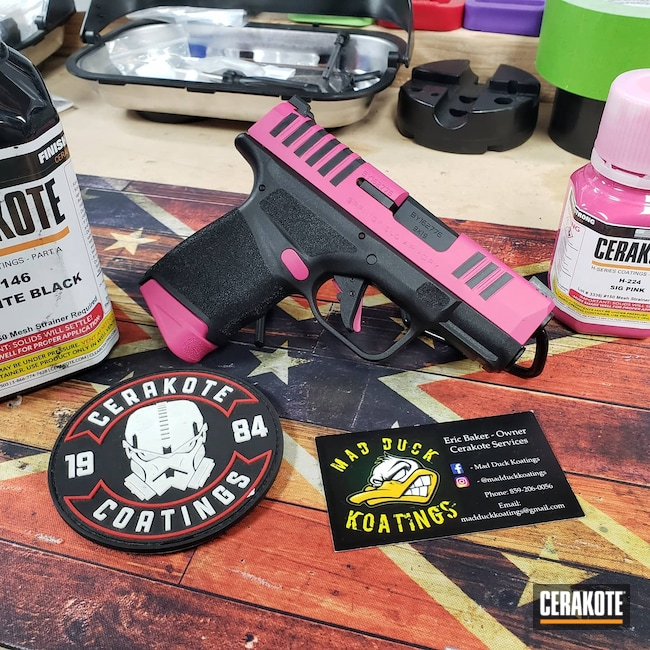 Cerakoted: S.H.O.T,9mm,Graphite Black H-146,Two Tone,SIG™ PINK H-224,Pistol,Springfield Armory,Hellcat