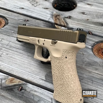 Cerakoted Two Toned .40 Cal Glock 22 In H-267 And H-148
