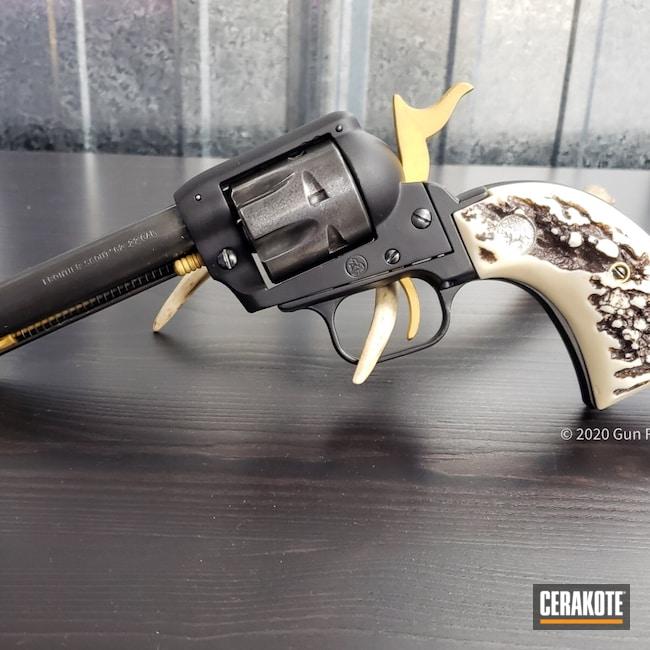 Cerakoted: S.H.O.T,Graphite Black H-146,Revolver,Colt,Frontier Scout,Gold H-122