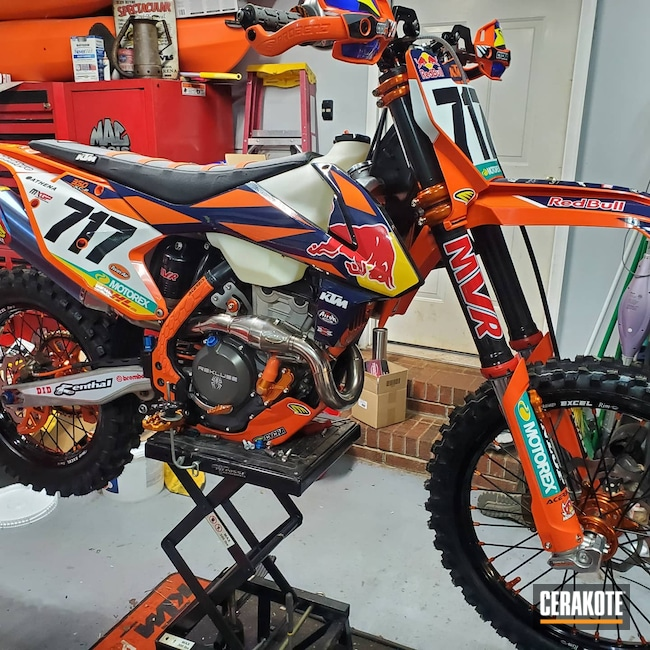 Cerakoted: Sniper Grey H-234,Gloss Black H-109,Motorcycles,KTM 350 XCF,Burnt Bronze H-148,Tungsten H-237,Automotive,Dirt Bike,KTM,Fork Tube