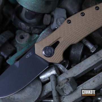 Cerakoted Custom 300 Series Knives In H-139, H-229 And H-146