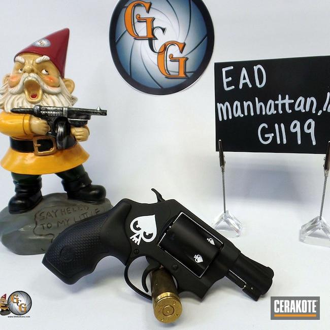 Cerakoted: S.H.O.T,Graphite Black H-146,Smith & Wesson,Revolver,Stormtrooper White H-297,.38,Snubbie