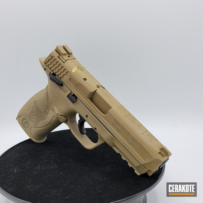 Cerakoted: S.H.O.T,M&P,Coyote Tan H-235,Snow White H-136,Smith & Wesson,MATTE ARMOR CLEAR H-301,M&P40,.40